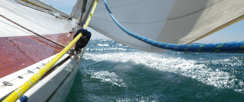 6m Classic sailing yacht in Cowes regatta